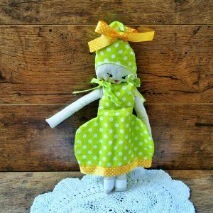 Turbános öltöztető baba