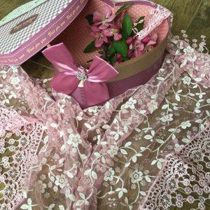 Csipke kendő rózsaszín