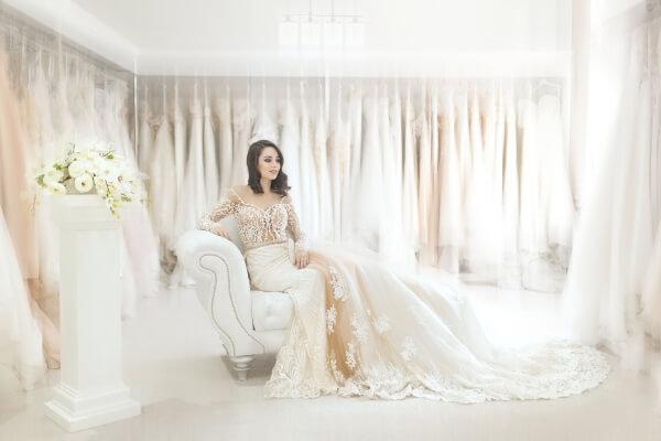 különleges esküvői fotó helyszín ruhaszalon