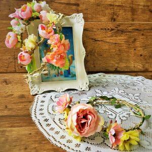 tavaszi virágos hajkoszorú