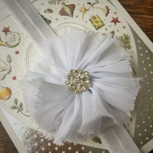 Chiffon virágos fejpánt strasszos fehér