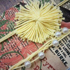 Vintage gyöngyös pompomos fejpánt