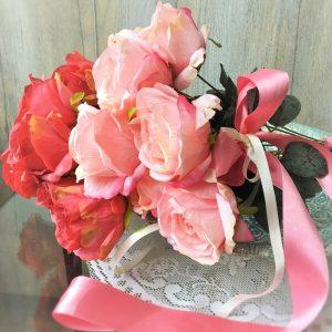 nagyfejű rózsacsokor dekoráció