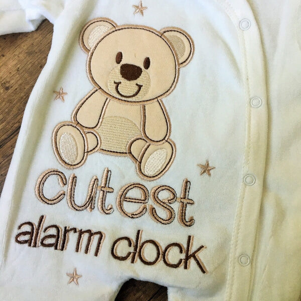 cutest alarm clock macis plüss rugdalózó