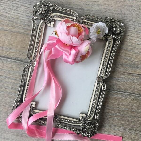 cseresznyevirágos csuklópánt